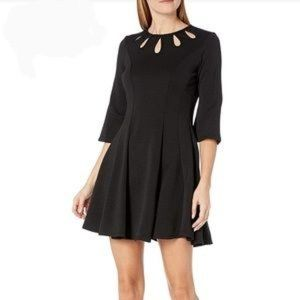 Julian Taylor Dress Bell Sleeved Fit and Flare 6